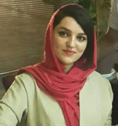 خانم زارع مدیر فروش آریا کمپرسور